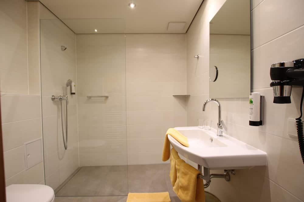 Comfort tweepersoonskamer (Comfort, air-conditioned) - Badkamer