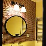Deluxe Single Room, 1 Bedroom - Bathroom
