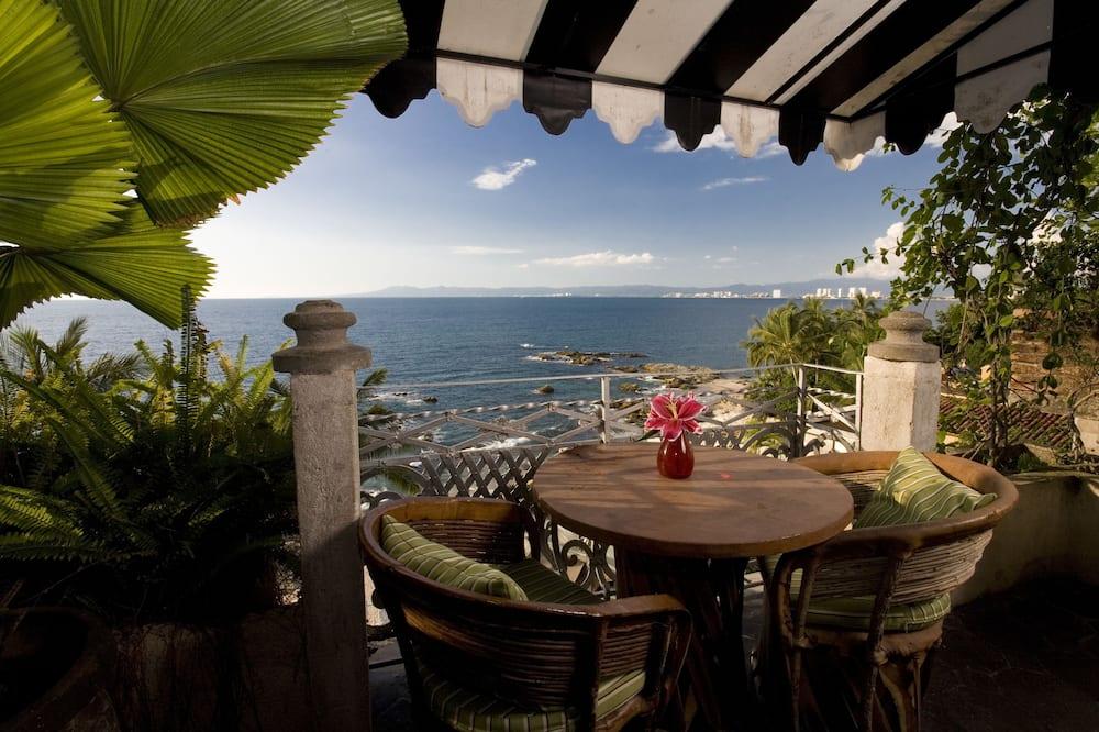 Deluxe Suite, 1 Bedroom, Ocean View, Beachfront (Maria) - Balcony