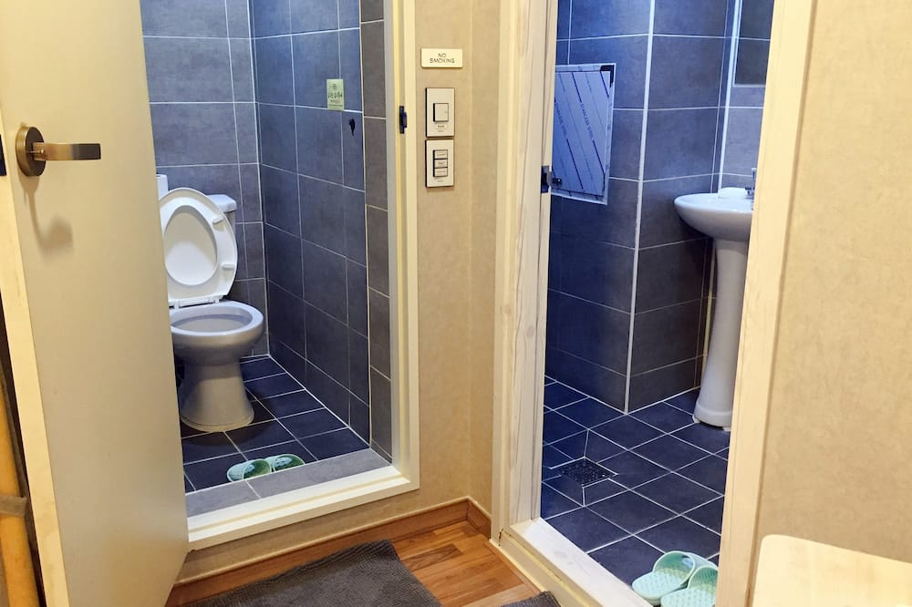 Standard Shared Dormitory, Men only, Non Smoking, Private Bathroom - Bathroom