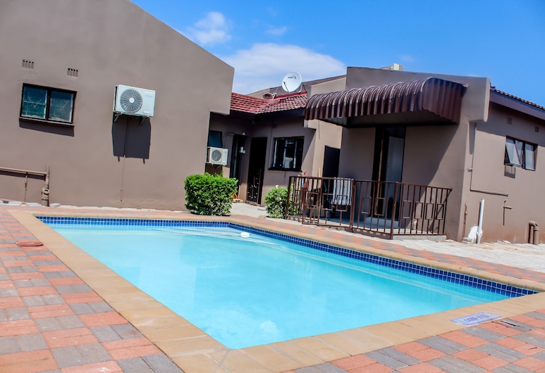 Overflow Guest House, Gaborone