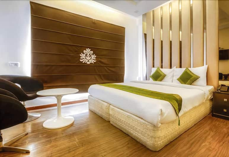 Gold Souk, New Delhi, Guest Room