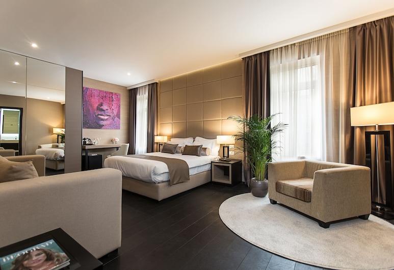 Dominic & Smart Luxury Suites Republic Square, Belgrade, Executive Suite, Bilik Tamu