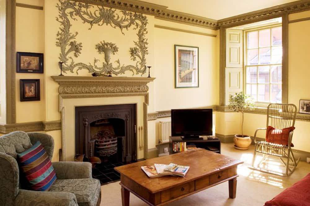 Signature külaliskorter, 2 magamistoaga (5 Chessels Court, Royal Mile, EH8 8AD) - Elutuba