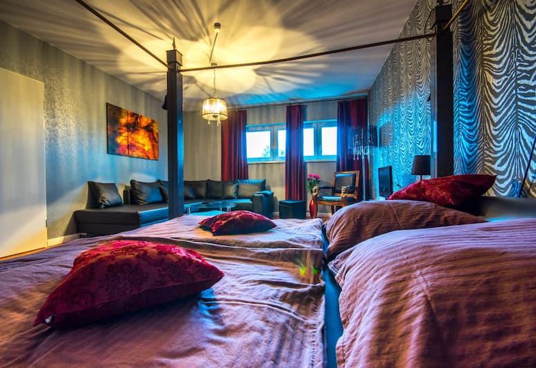 Hotel SleepInn Volkspark - Adult Only, Hamburk, Apartmá s ložnicí a obývacím koutem, Pokoj