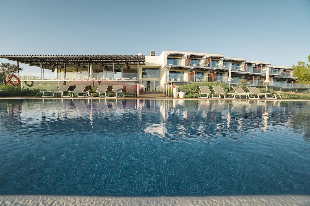 Onyria Palmares Beach House Hotel Lagos