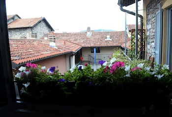 Picture of Bed and Breakfast Storico in Como
