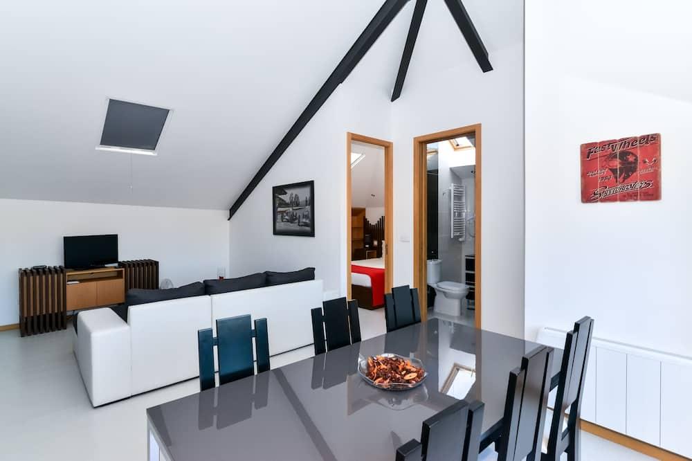 Apartment, 2Schlafzimmer, Terrasse - Essbereich im Zimmer