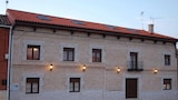 Reserve this hotel in Villarmentero de Campos, Spain