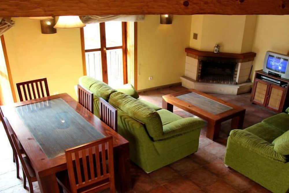 Ev, 3 Yatak Odası (Casa 1) - Oturma Odası