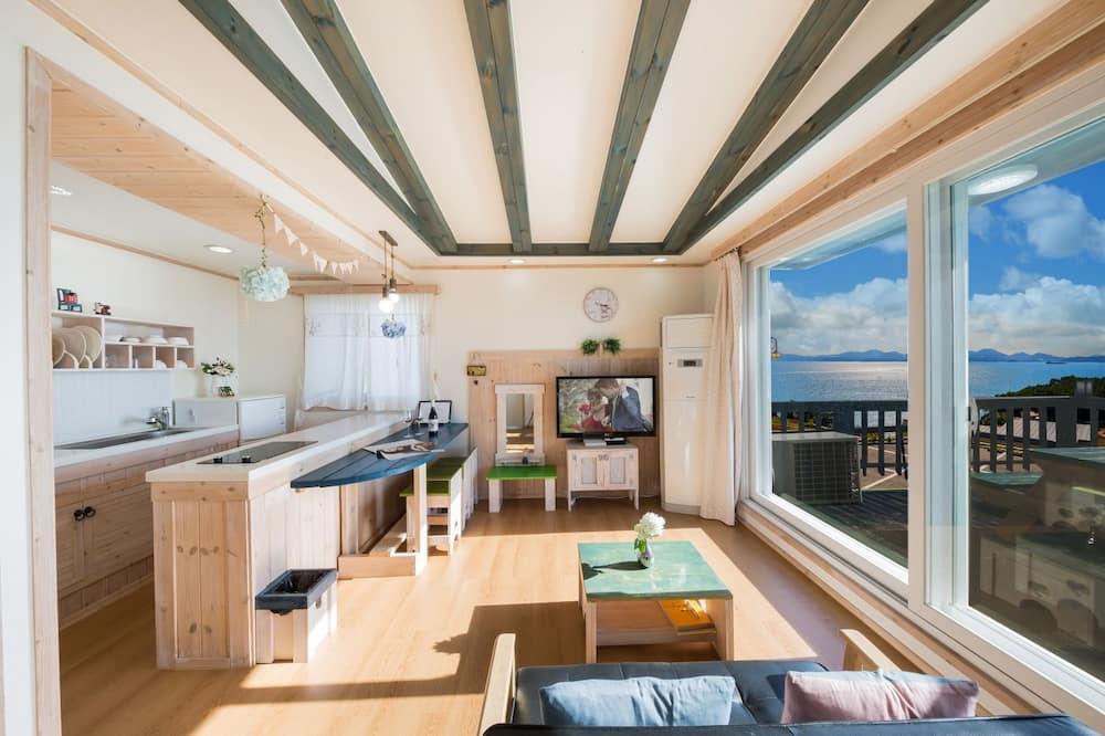 Superior Double Room, 1 Bedroom, Sea View - Ruang Tamu