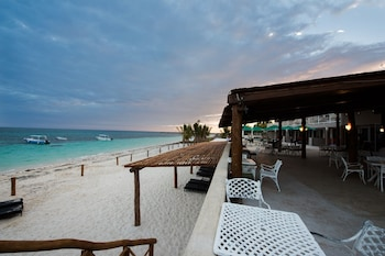 Enter your dates to get the Puerto Morelos hotel deal