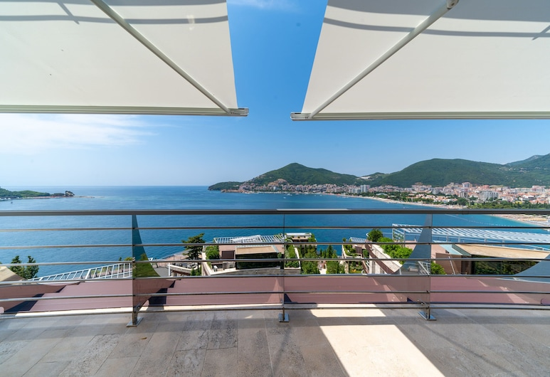 Dukley Hotel & Resort, Budva, Apartment, 2 Bedrooms, Sea View, Mountainside, Balcony View