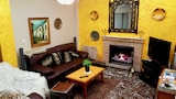 Reserve this hotel in Otura, Spain