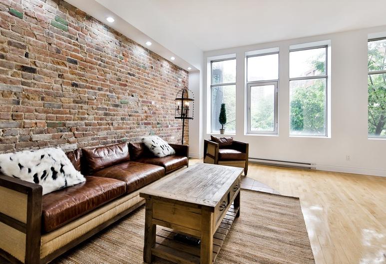 Les Lofts Saint Laurent, Montreal, Deluxe Apartment, 1 Bedroom, Non Smoking, City View, Room