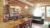 Book this Kitchen Hotel in Saint-Basile