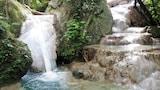 Tourrettes hotels,Tourrettes accommodatie, online Tourrettes hotel-reserveringen