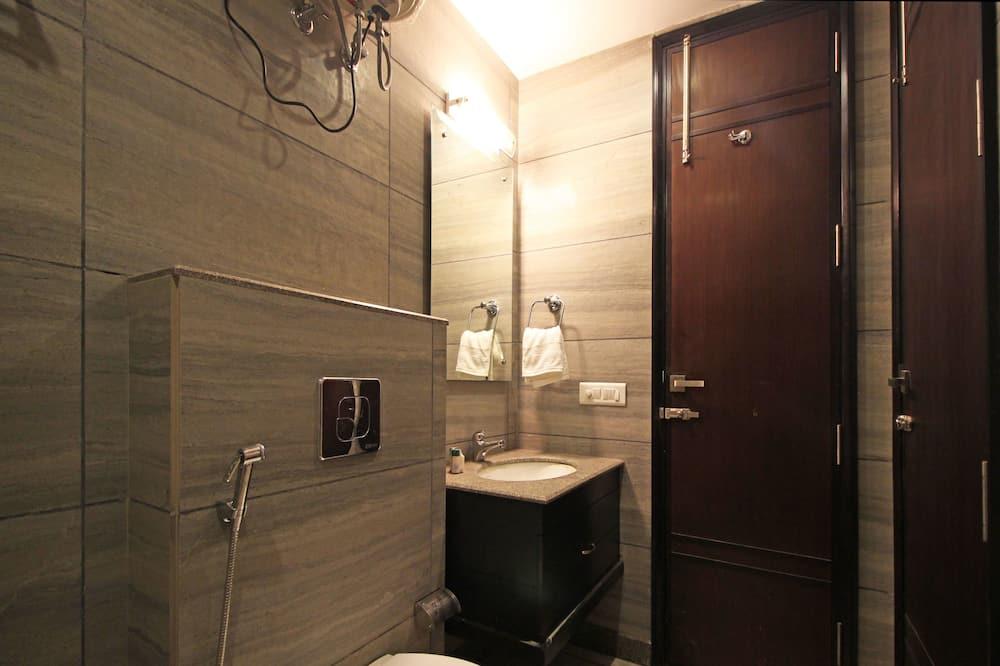 Premium-Doppel- oder -Zweibettzimmer, 1 Schlafzimmer, eigenes Bad - Badezimmer