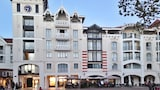 Choose this Apartment in Arcachon - Online Room Reservations