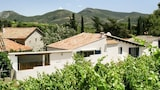 Vacation home condo in Cascastel-des-Corbieres