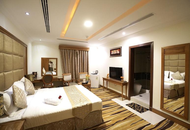 Almasem Luxury Hotel suite 6, Riyadh, Honeymoon Suite, Jetted Tub, Guest Room