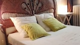 Choose this Apartment in Aramon - Online Room Reservations