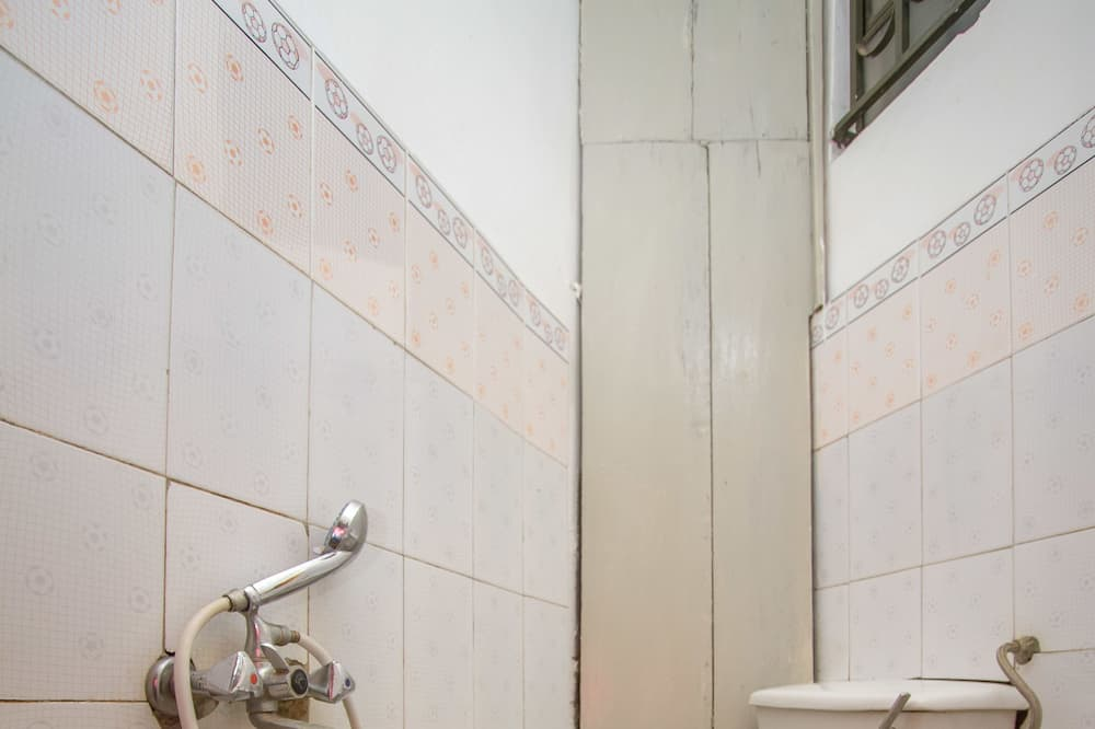 Standaard eenpersoonskamer - Badkamer