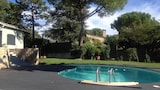 Choose This Cheap Hotel in Grasse