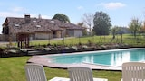 Reserve this hotel in Agnac, France