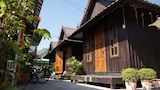 Choose This Cheap Hotel in Sukhothai