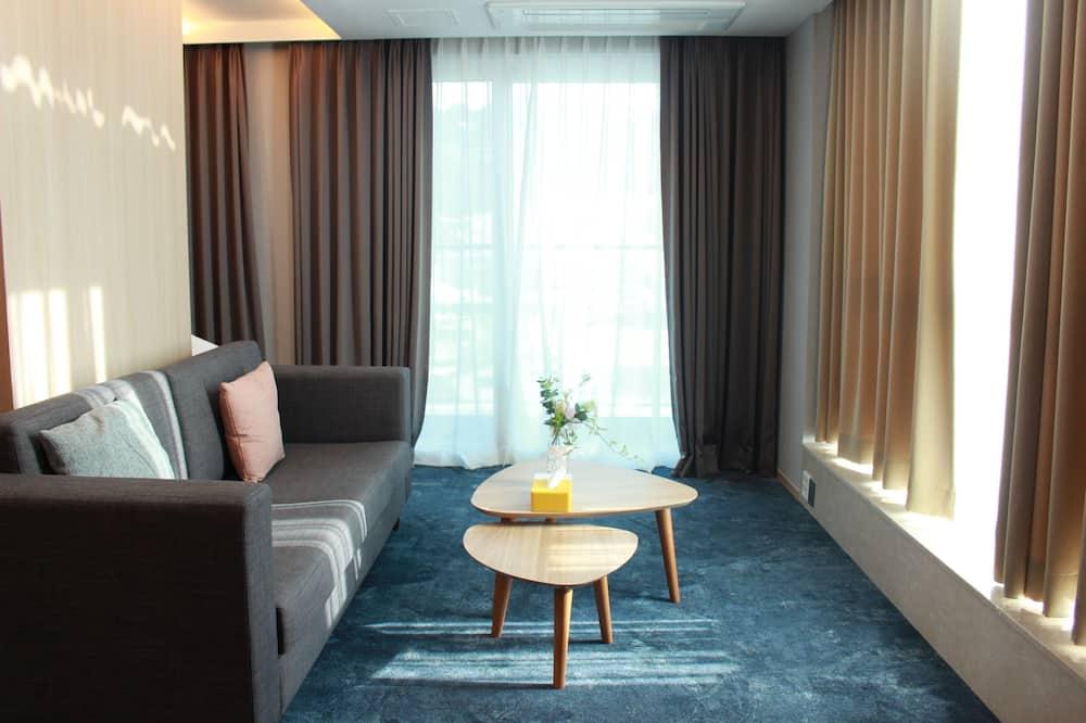 全景套房, 1 張特大雙人床, 山景 - 客廳