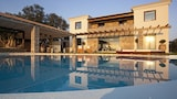 Choose this Villa in Corfu - Online Room Reservations