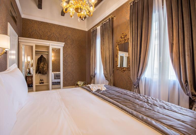Ai Patrizi Venezia - Luxury Apartments, Venecija, Apartman, 1 spavaća soba, čajna kuhinja, pogled na grad, Pogled iz sobe