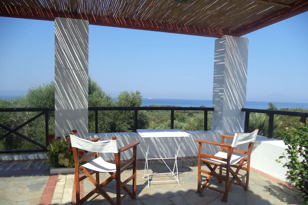 Family Villa (Yrmini) - Terrace/Patio