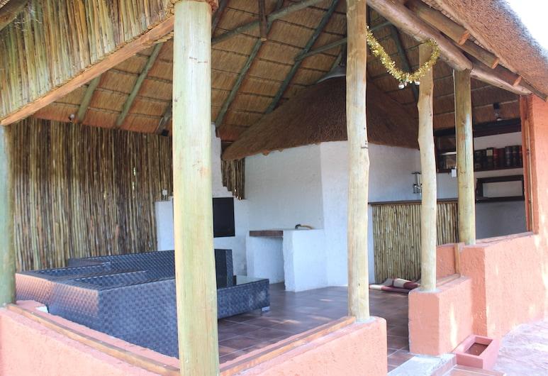 Kessas Holiday Home, Maun, Terrace/Patio