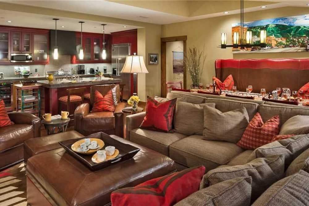 Soukromý byt, více lůžek, výhled na hory (Twilight Peak (#502) (Condo)) - Obývací prostor