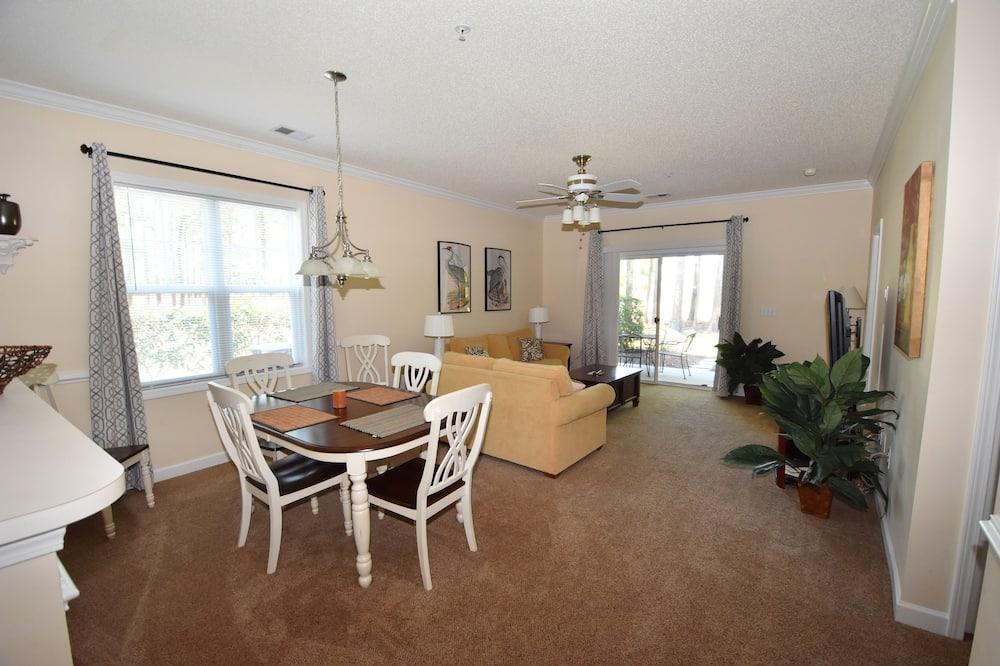 شقة - عدة أسرّة (411 Willow Bend) - تناول الطعام داخل الغرفة