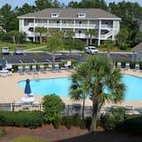 Standard Apartment, 2 Bedrooms - Pool