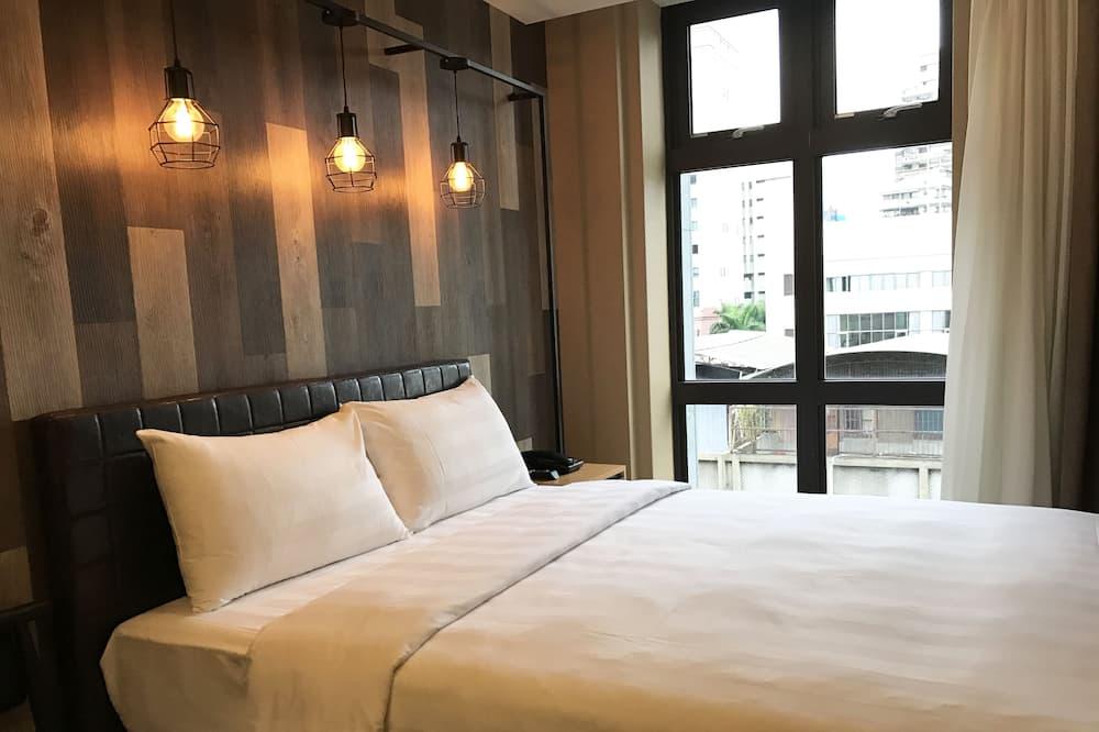 Dvivietis kambarys mieste, 1 standartinė dvigulė lova - Vaizdas į gatvę