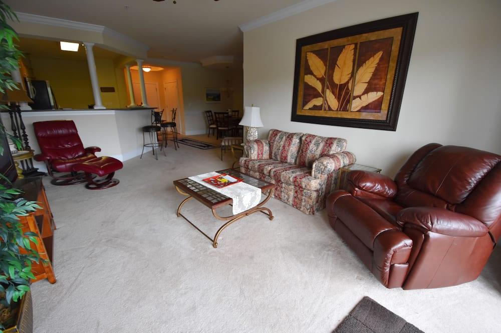 Standard Apart Daire, 2 Yatak Odası - Oturma Alanı