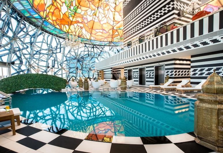 Mondrian Doha, Doha, Alberca