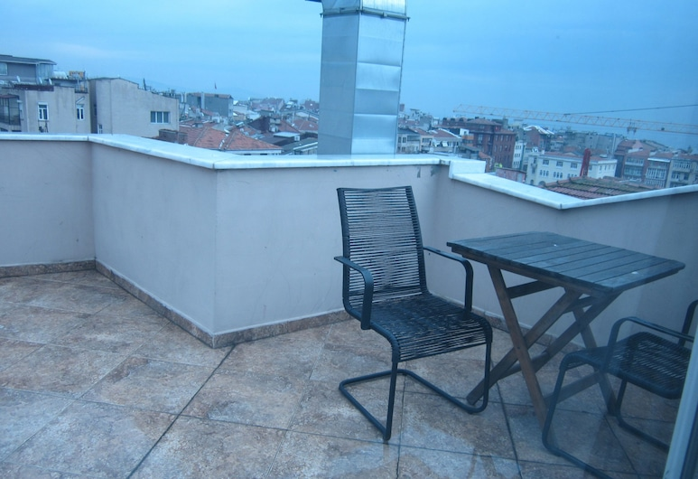 Derpa Suite Hotel Osmanbey, Κωνσταντινούπολη, Roof Suite, Kitchen, Αίθριο/βεράντα