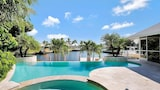Choose This Five Star Hotel In Marco Island