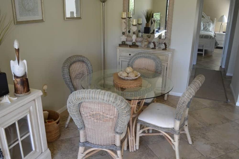 Comfort Διαμέρισμα (Condo), 2 Υπνοδωμάτια, Θέα στην Πισίνα - Γεύματα στο δωμάτιο