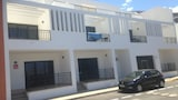 Choose this Apartment in Giniginamar - Online Room Reservations