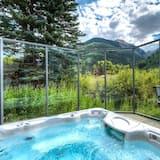 Condo dành cho gia đình, 1 phòng ngủ, Cạnh núi - Bồn tắm spa ngoài trời