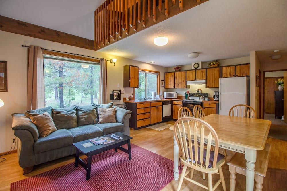 Ģimenes dzīvokļnumurs, divas guļamistabas - Dzīvojamā zona