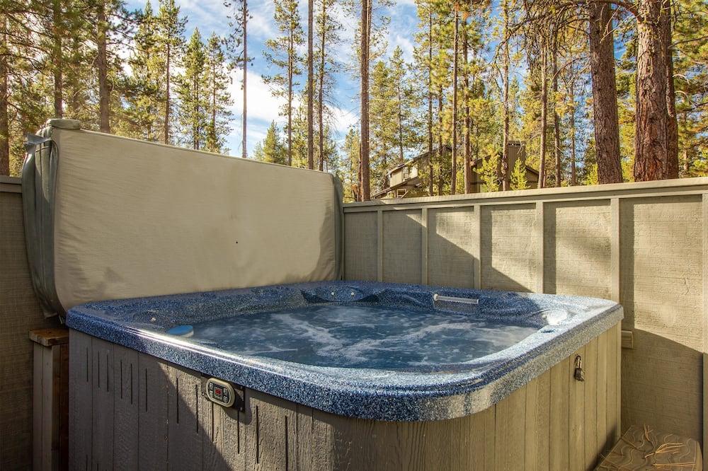 Семейные апартаменты, 4 спальни - Спа-ванна на свежем воздухе