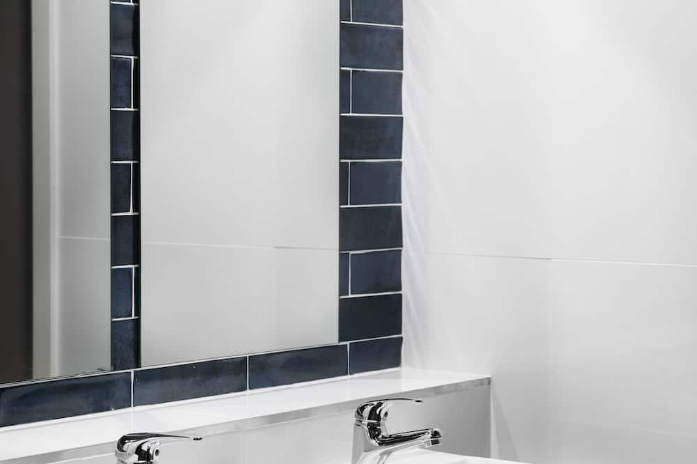 Fyrbäddsrum - delat badrum - Badrum
