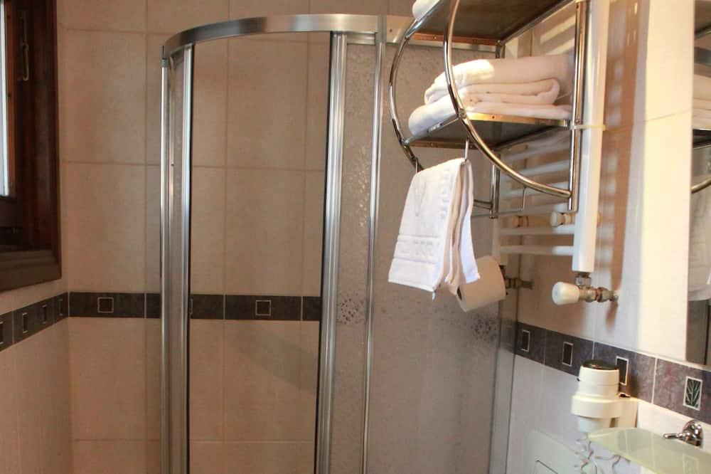 スタンダード ダブルルーム (1 名様利用) シティビュー - バスルーム